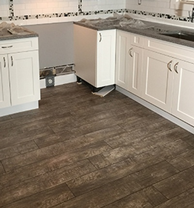 Luxury Vinyl Plank Flooring Installation Surrey by DMC Surfaces Outlet